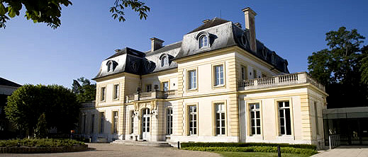 INSEAD Blue Ocean Strategy Institute Fontainebleau, France